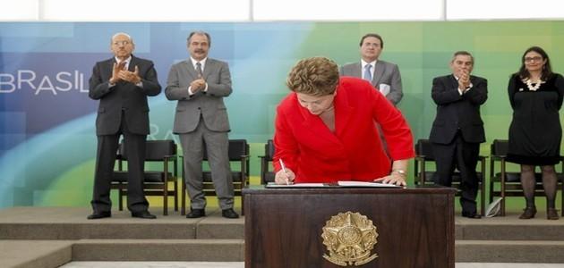 Dilma sanciona lei que cria regras de convênios públicos com ONGs