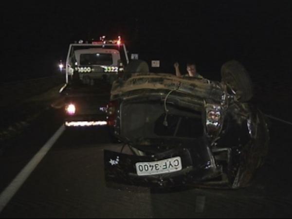 Caminhão desgovernado arrasta 13 veículos na Marechal Rondon