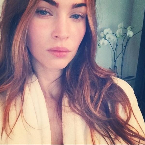 Megan Fox posta foto sem maquiagem
