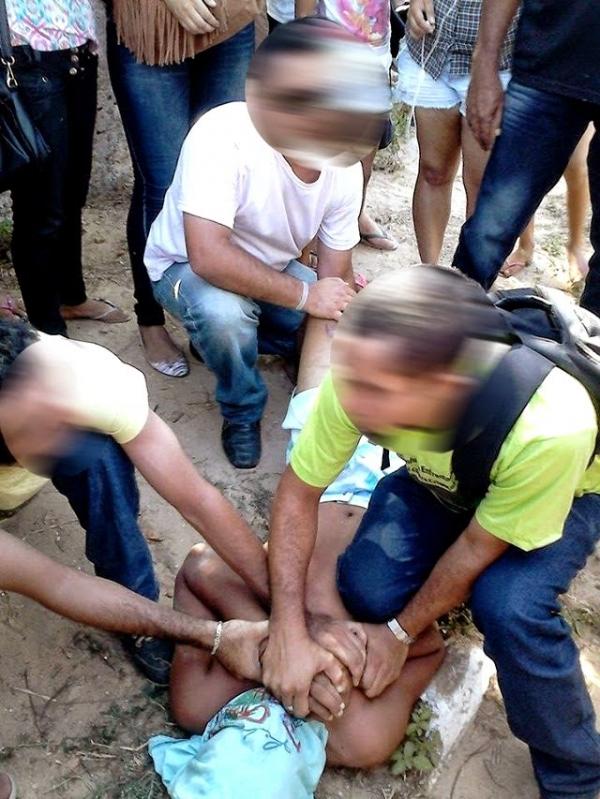 Adolescente tenta assaltar, mas a vítima reage e ele termina na delegacia