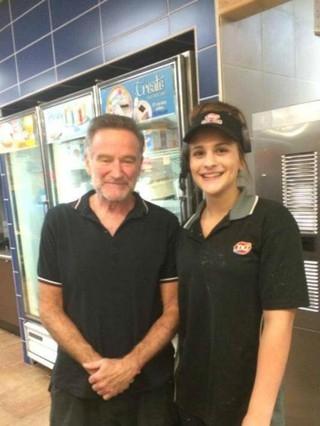 Robin Williams volta para a clínica de reabilitação, diz site