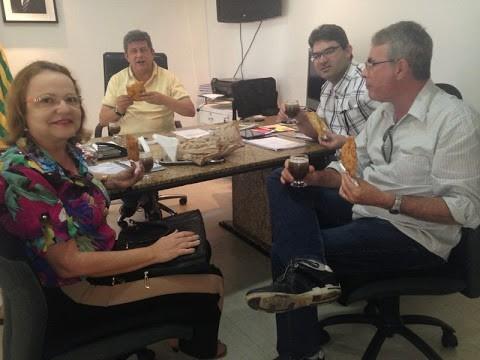 Prefeita Salete Rego visita governador Zé Filho
