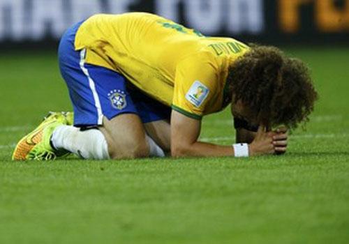 Famosos enaltecem e mandam recado a David Luiz nas redes sociais