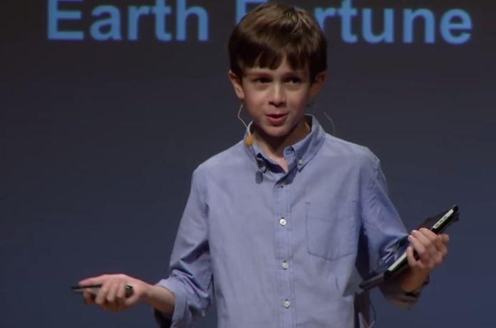 Jovem de 15 anos cria impressora 3D 10 vezes mais rápida que as demais