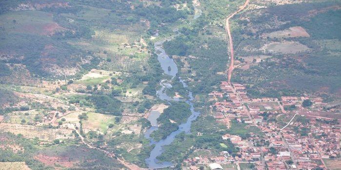 Meio Ambiente e Agricultura – deverá aumentar o volume d'água do Rio Itaim