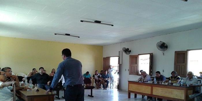 CAXINGÓ: Em sessão vereadores e servidores discutem sobre a Previdência Própria