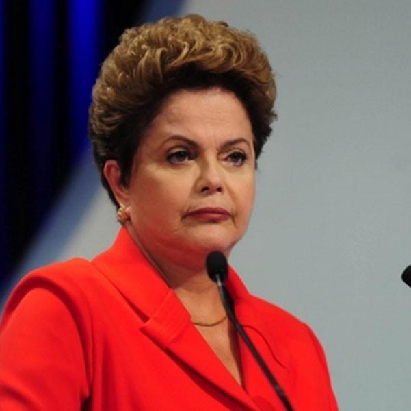 Após recuo de Marina Silva, Dilma Rousseff defende que a homofobia se torne crime