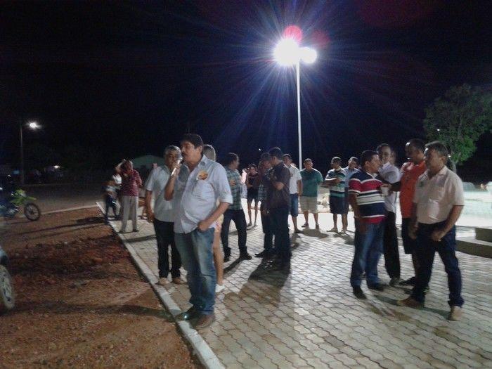 Prefeitura inaugura construção da Praça da Igreja na localidade Água Branca - Imagem 8