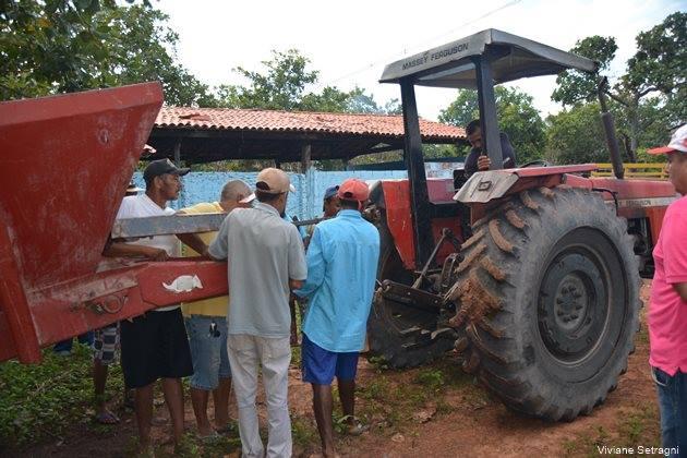 Distribuição de calcário e fertilizante aos pequenos produtores rurais tem início no Morro Redondo - Imagem 4