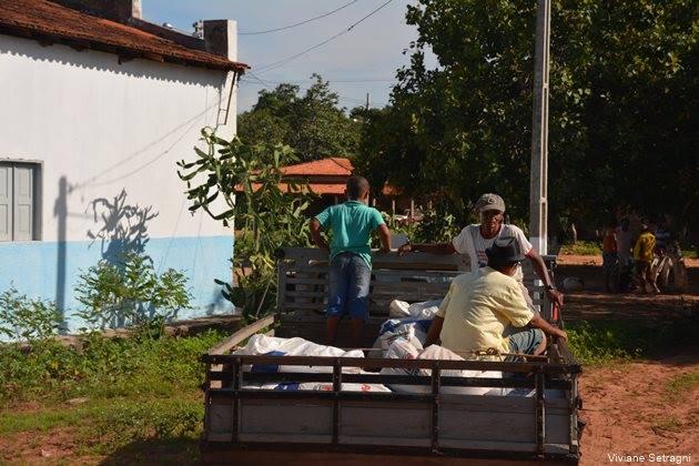 Distribuição de calcário e fertilizante aos pequenos produtores rurais tem início no Morro Redondo - Imagem 5