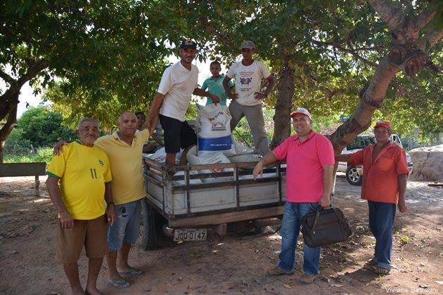 Distribuição de calcário e fertilizante aos pequenos produtores rurais tem início no Morro Redondo - Imagem 1