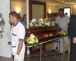 Corpo de Yoná Magalhães é cremado no Rio de Janeiro
