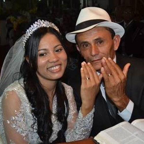Após polêmica com jumento, Stefhany tem primeira noite com marido