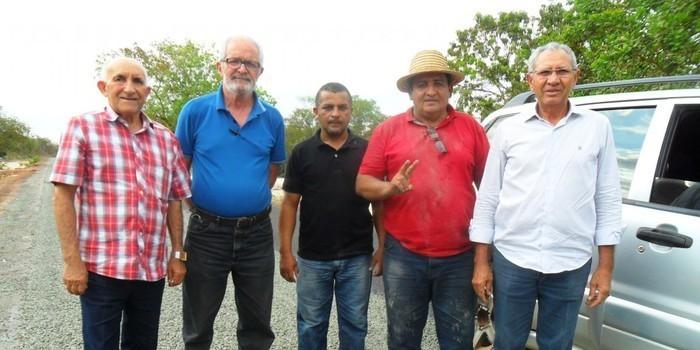 Boa Hora: Prefeito Zé Resende retoma obras e recebe visita do Diretor do DER-PI