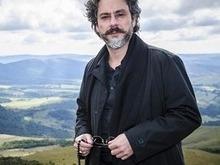 Ator Alexandre Nero vibra com o prêmio recebido pela novela Império