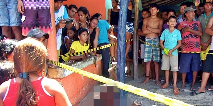 Homem é assassinado a tiros em bar no litoral do Piauí