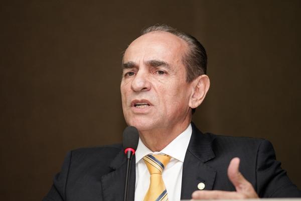 Marcelo Catro, Ministro da Saúde