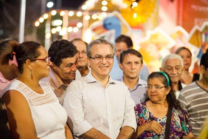 Prefeito Firmino Filho em inauguração da decoração natalina em Teresina (Crédito: Divulgação/ Prefeitura de Teresina )