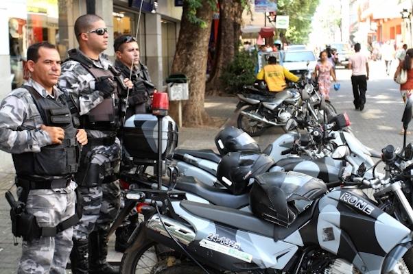 Polícia nas ruas de Teresin (Crédito: Ascom)