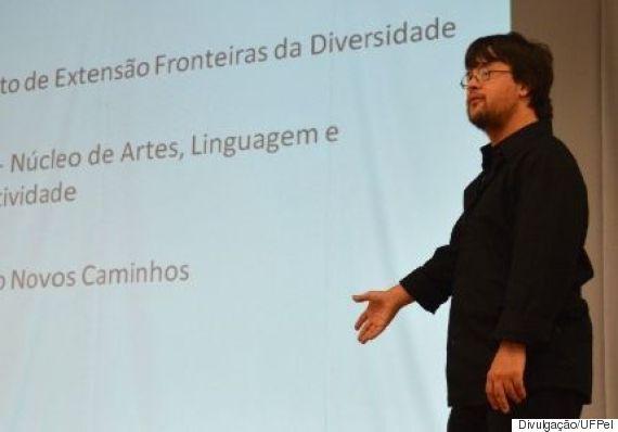 Gabriel Almeida, primeiro formando com síndrome de down  (Crédito: Reprodução)