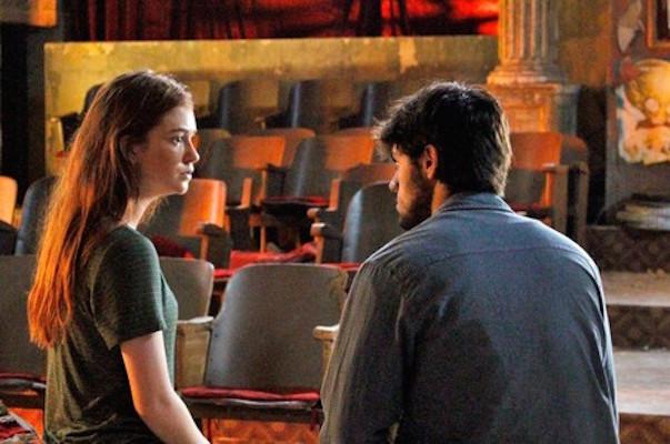 Eliza conversa com Jonatas (Crédito: Reprodução)