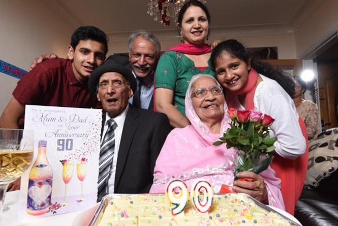 Filhos compraram um bolo para comemorar a data (Crédito: Reprodução)
