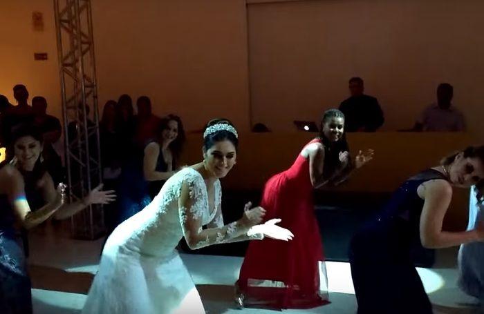 Noiva dança Bang (Crédito: Reprodução)