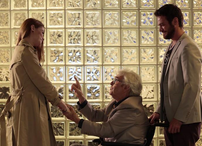 Alberto promove saia justa entre o ex-casal (Crédito: Reprodução)