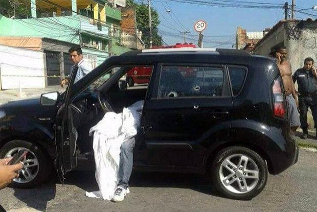 Policial foi morto dentro do próprio carro (Crédito: Reprodução)