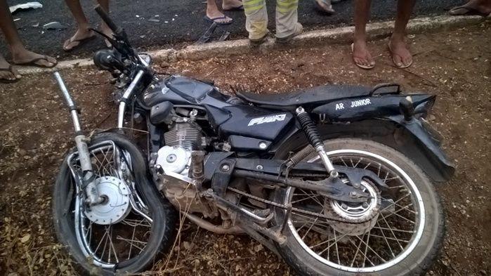 Moto envolvida no acidente (Crédito: Reprodução)