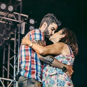 Gusttavo Lima e a mãe, Sebastiana (Crédito: Repodução)