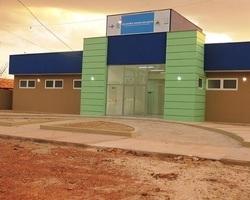 Prefeitura entrega em solenidade a UBS do Cajueiro