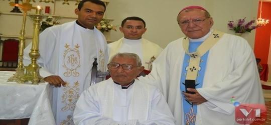 Pe. Marques completa 75 anos de sacerdócio