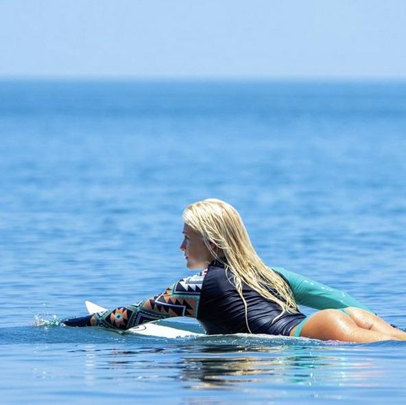 Tatiana se tornou musa do surfe (Crédito: Reprodução)
