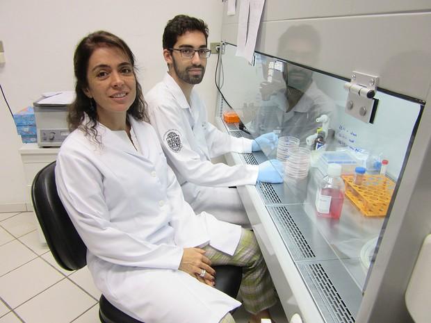 Cientistas na luta contra o Zika vírus (Crédito: Reprodução)