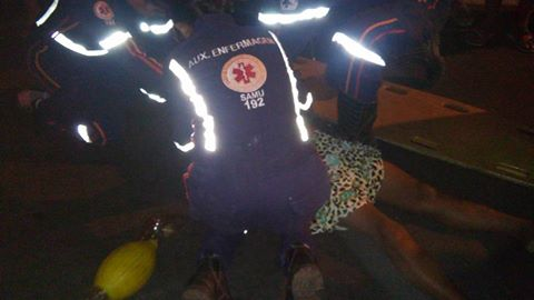 A vítima ainda foi socorrida mas não resistiu aos ferimentos (Crédito: Reprodução)