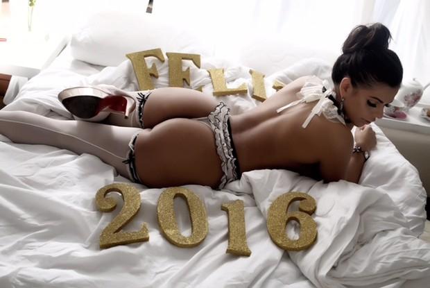 Suzy Cortez em clima de ano novo  (Crédito: Reprodução)
