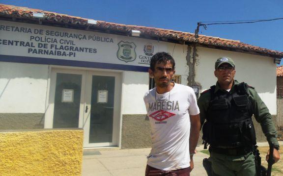 Antonio José Braga Barbosa é acusado de assaltar carro de policial (Crédito: blog do catita)