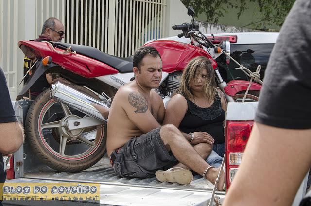 Casal é preso por tentar matar mulher a facadas (Crédito: Blog do Coveiro)