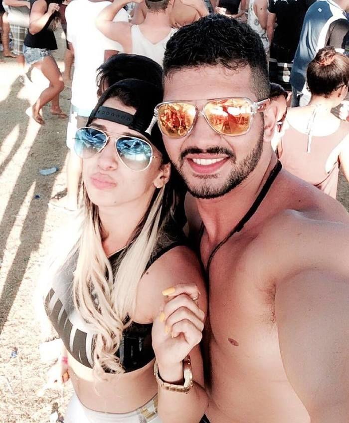 Johnny Moura e a Namorada Juliana Colombo (Crédito: Reprodução / Facebook)