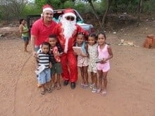 Papai Noel Fez Alegria das Crianças em Na Localidade Jardim