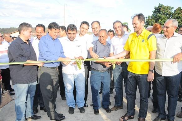 Wellington Dias inaugura obra (Crédito: Ascom)