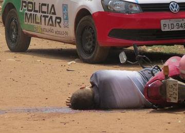 Jovem executado com tiro na cabeça na zona leste de Teresina (Crédito: Divulgação )