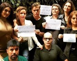 "Elenco da novela ""Totalmente Demais"" protesta contra preconceito"