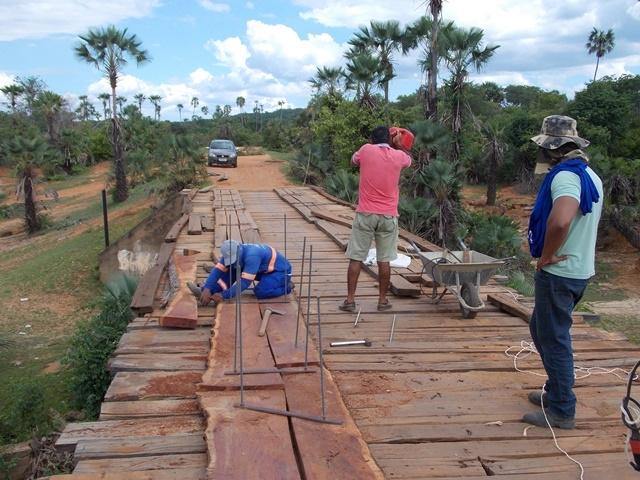 Prefeitura inicia recuperação de pontes sobre o Rio Piauí - Imagem 6
