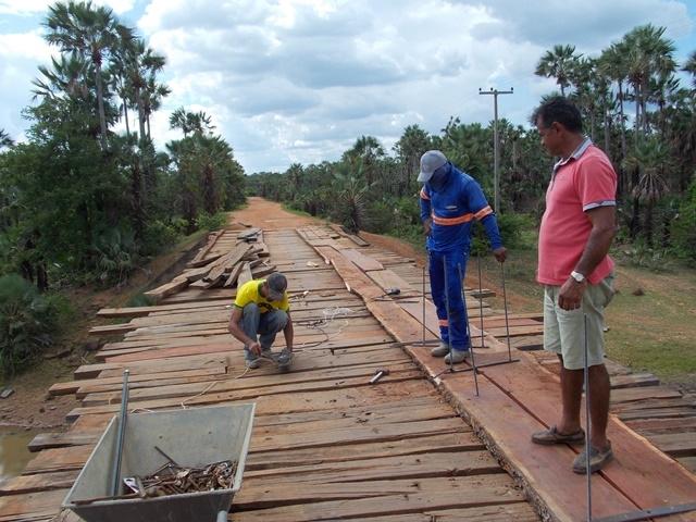 Prefeitura inicia recuperação de pontes sobre o Rio Piauí - Imagem 8