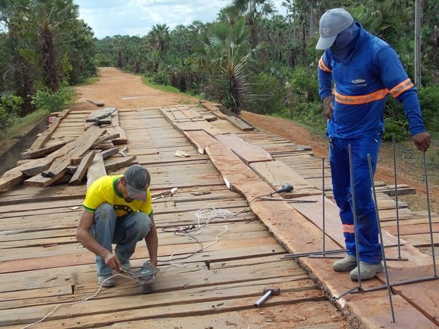 Prefeitura inicia recuperação de pontes sobre o Rio Piauí - Imagem 9