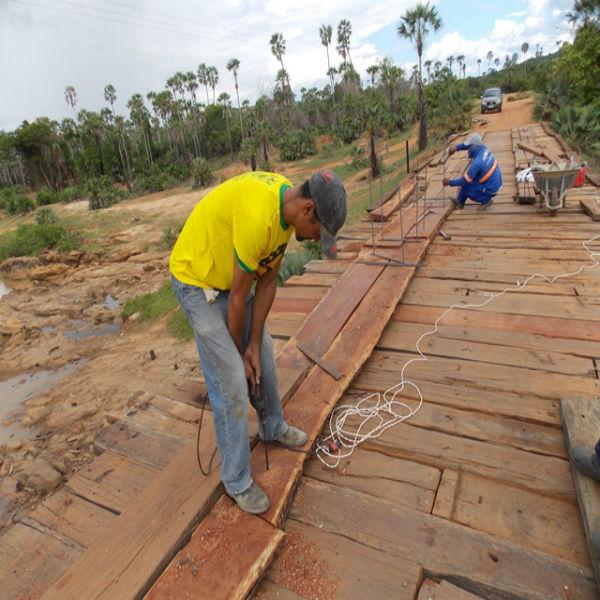 Prefeitura inicia recuperação de pontes sobre o Rio Piauí