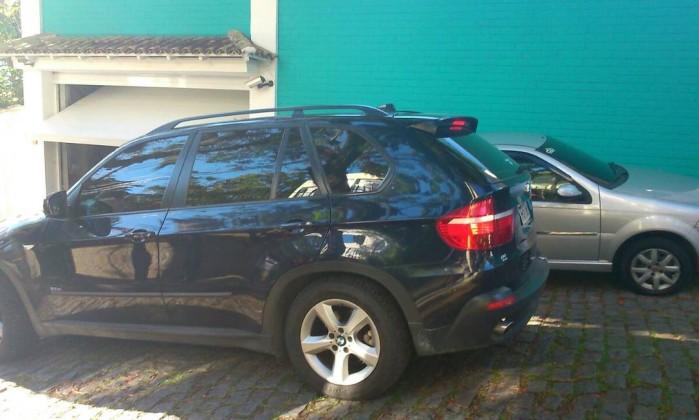 Eike vê Polícia Federal apreender três veículos da casa de Luma de Oliveira no RJ - Imagem 2
