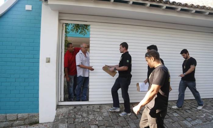 Eike vê Polícia Federal apreender três veículos da casa de Luma de Oliveira no RJ - Imagem 1